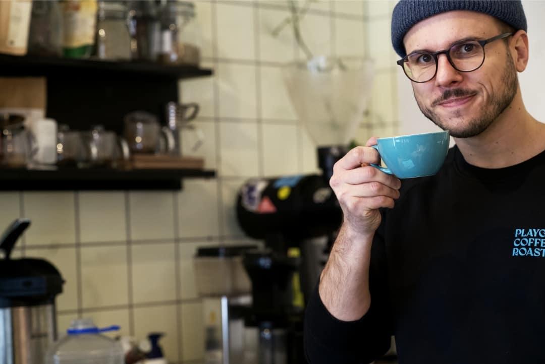 Veljko von Playground Coffee St. Pauli im Human Posture Interview