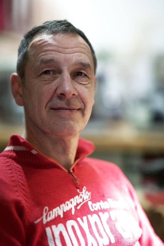 AURIM André Kröger Goldschmied hochkant im Human Posture Blog