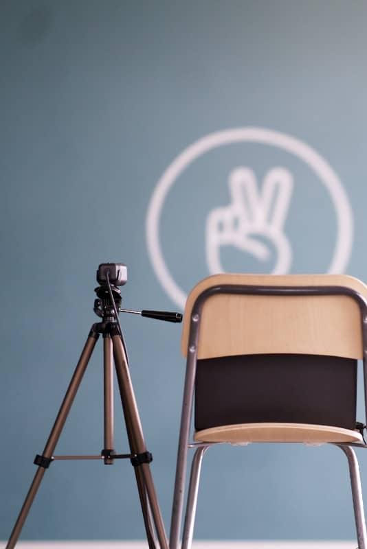 Peace Out Yoga Stream Set-Up im Human Posture Blog